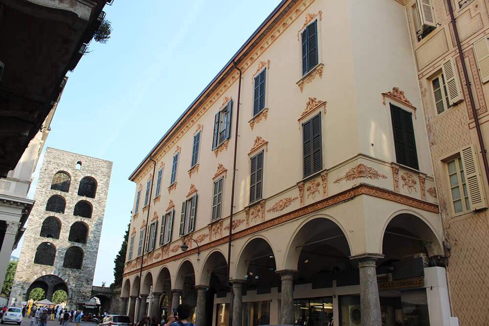 Via Cesare Cantù - Porta Torre