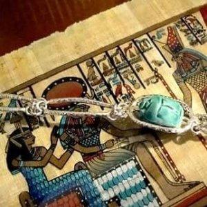 bijou influence égyptien