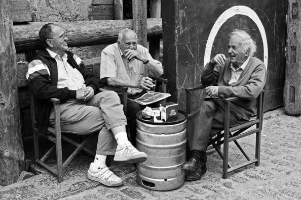 les anciens et le dialecte